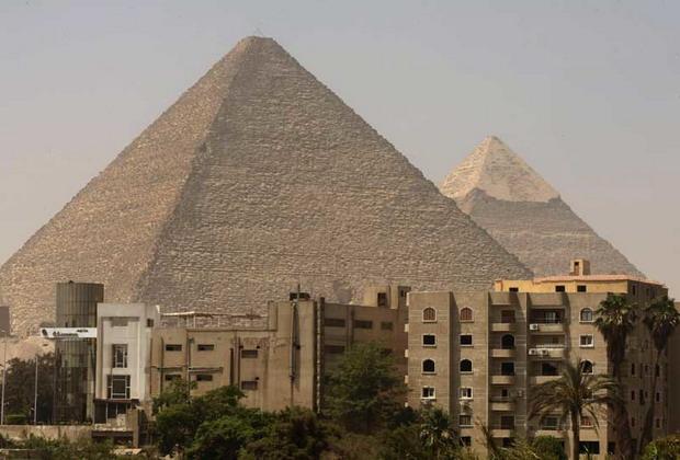 pyramid view