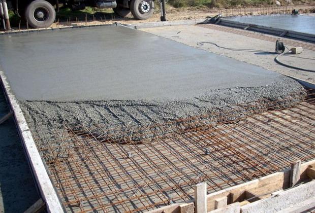 monolitnyy-fundament-s-armirovaniem-dlya-garazha